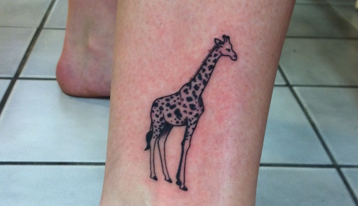 Giraffe Tattoo - Meaning, Symbolism, Designs, and Ideas